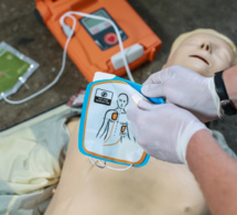 Le défibrillateur un appareil qui sauve des vies